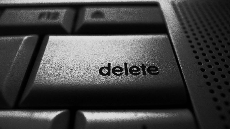 5 things you need to delete from your life right this second