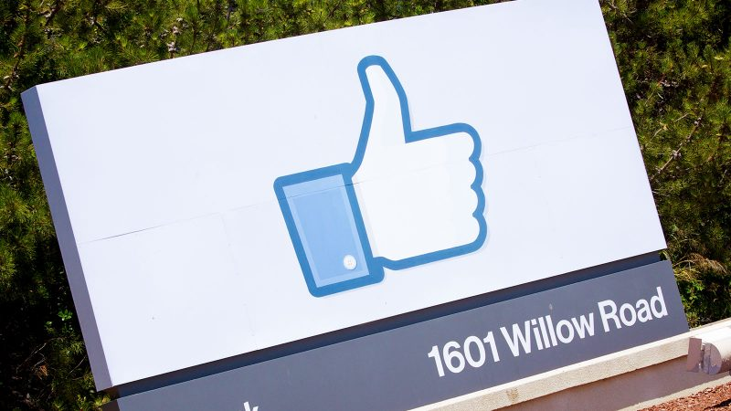 Why professionals should keep on using Facebook