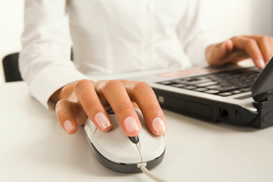 Hand_Keyboard_Mouse_Woman