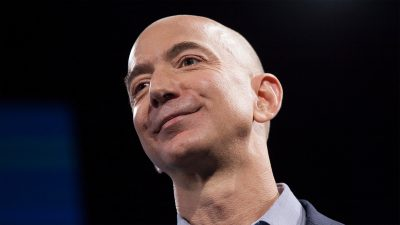 Why Jeff Bezos schedules all of his 'high IQ' meetings between 10 a.m. and noon
