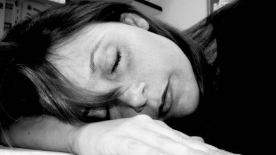 Sleep deprivation makes us useless at work, study shows