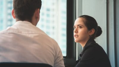 7 things successful people never apologize for at work