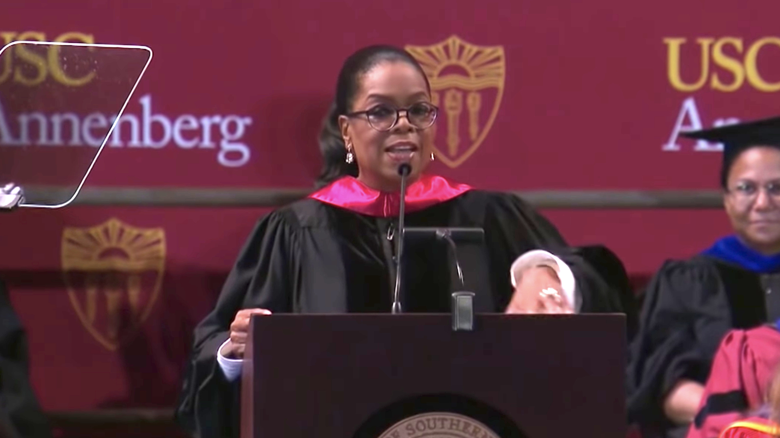 Oprah Winfrey to USC's Class of 2018: 'Declare war on cynicism'