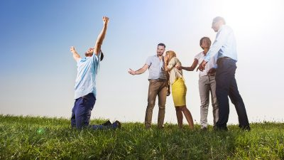 10 ways to reward your staff without giving a raise
