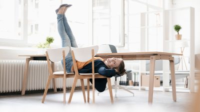 Study says sitting all day long at work is OK except for this one caveat