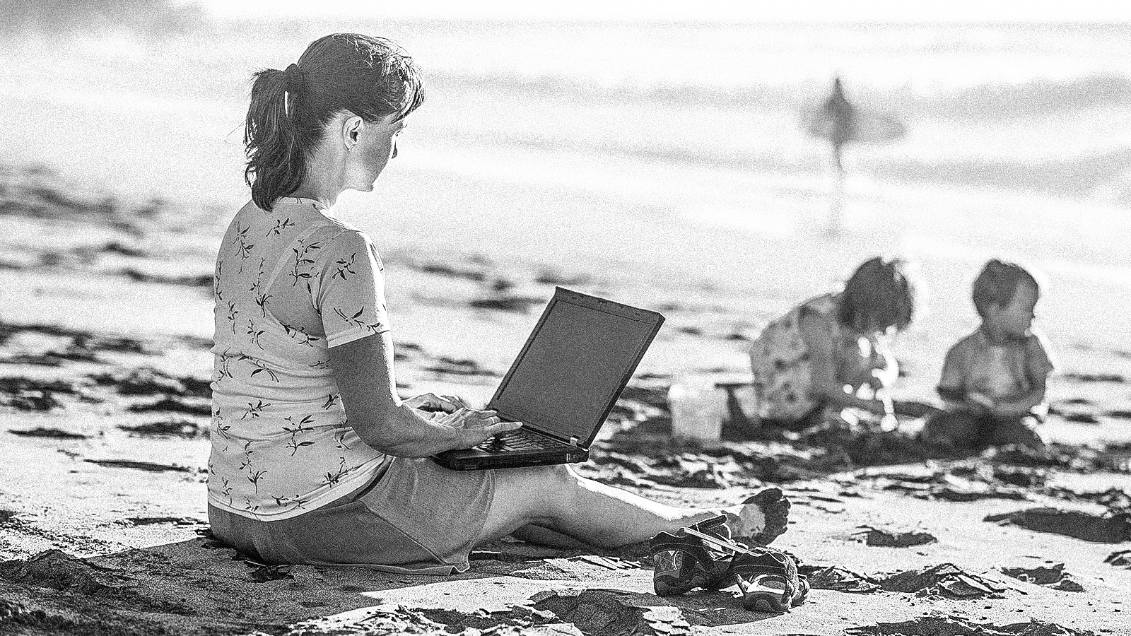 One-third of us work during vacation to enjoy vacation | Ladders