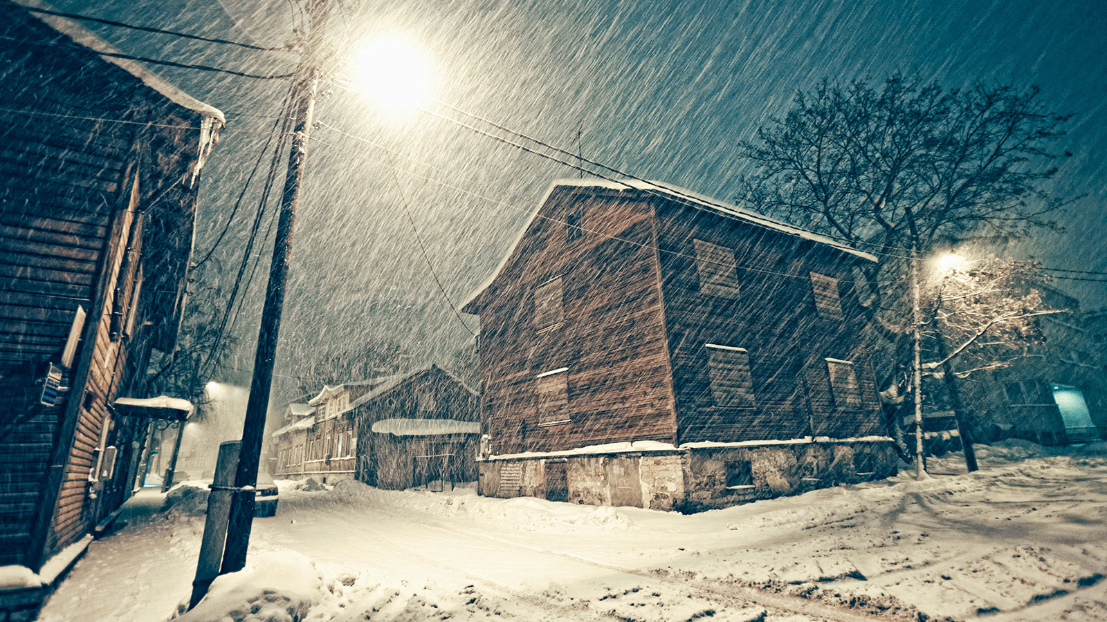 5 ways to remain productive when you're snowed in