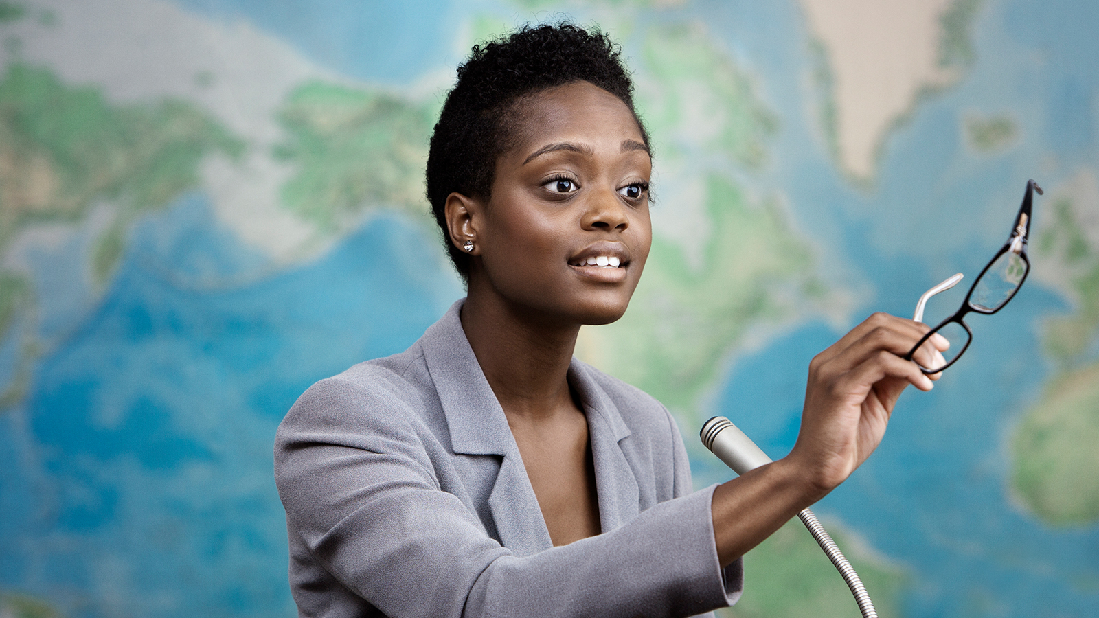 4 steps to becoming a powerhouse public speaker