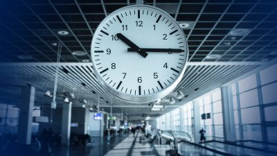 6 essential tips for keeping track of time while you travel
