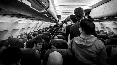 6 things you should never wear on an airplane