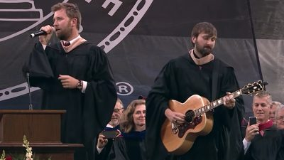 Lady Antebellum to UGA's Class of 2018: 'You can take a big risk'