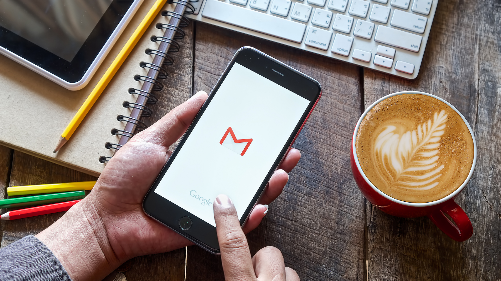 4 simple emails you should send every week