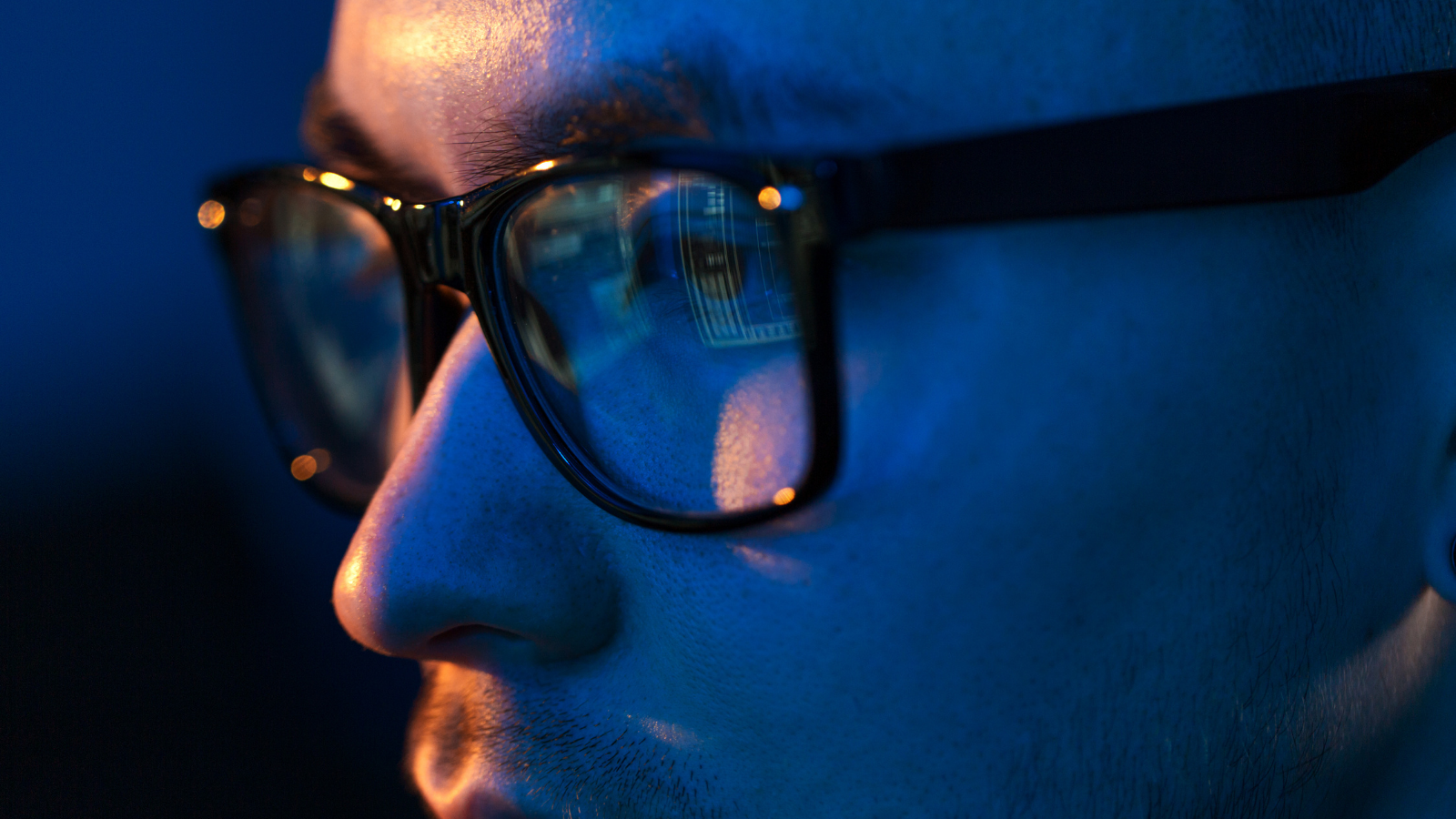 Do blue light glasses really work? I wore them every day to find out