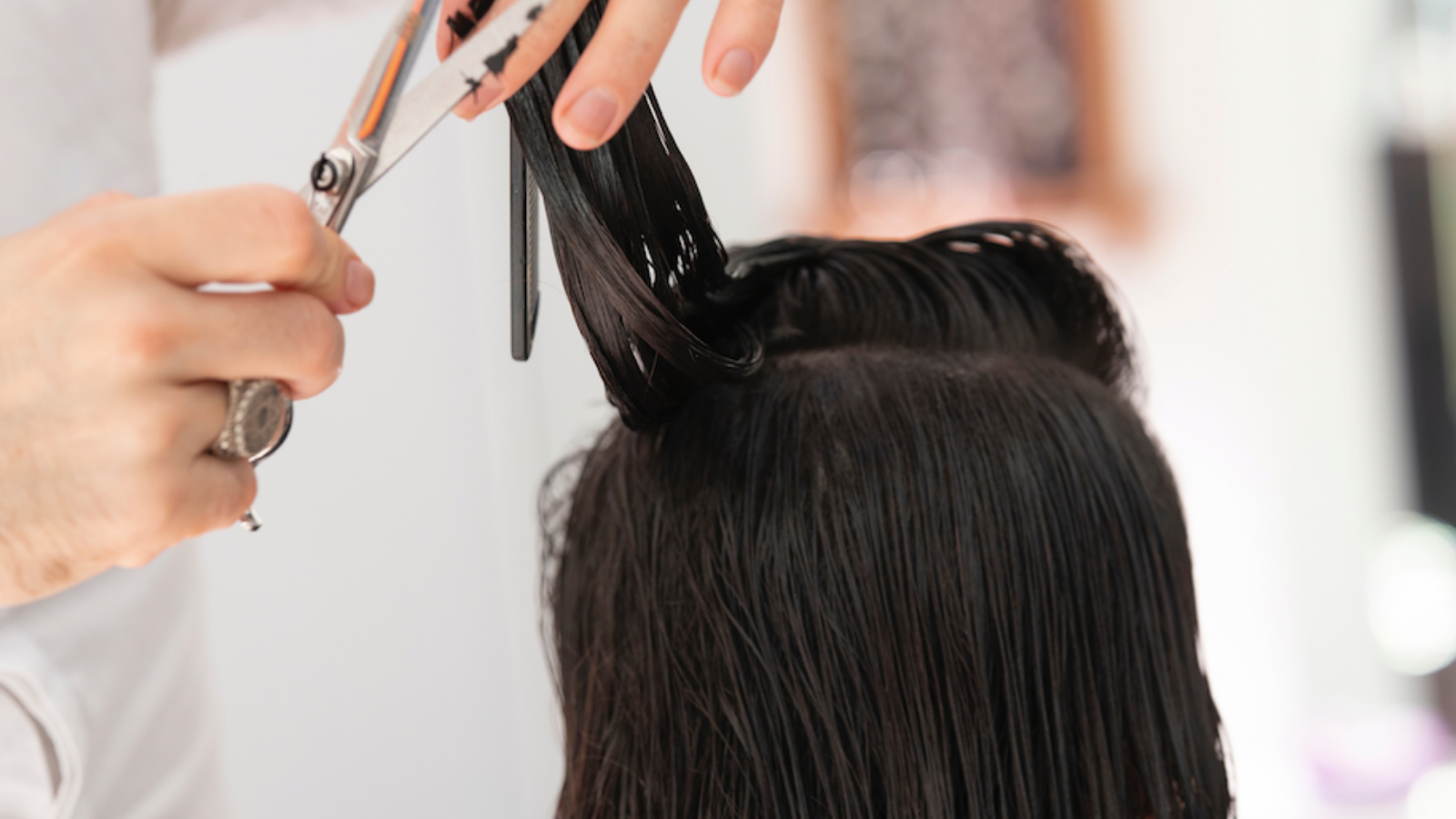 Should you get a haircut during the coronavirus pandemic? This is what the experts say