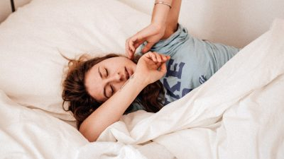 5 ways your phone is ruining your sleep (and your life)
