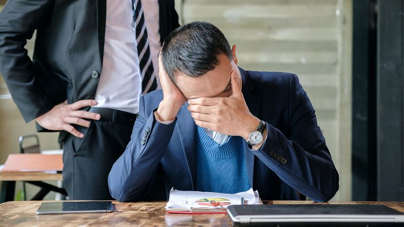 5 big signs you have a toxic boss and what to do