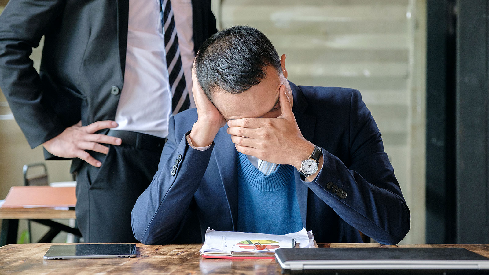 5 signs you have a toxic boss