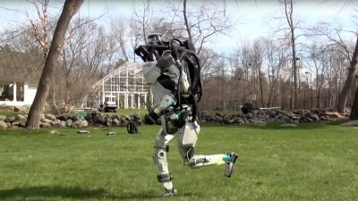 New Boston Dynamics video shows robot running outside autonomously, jumping over obstacles