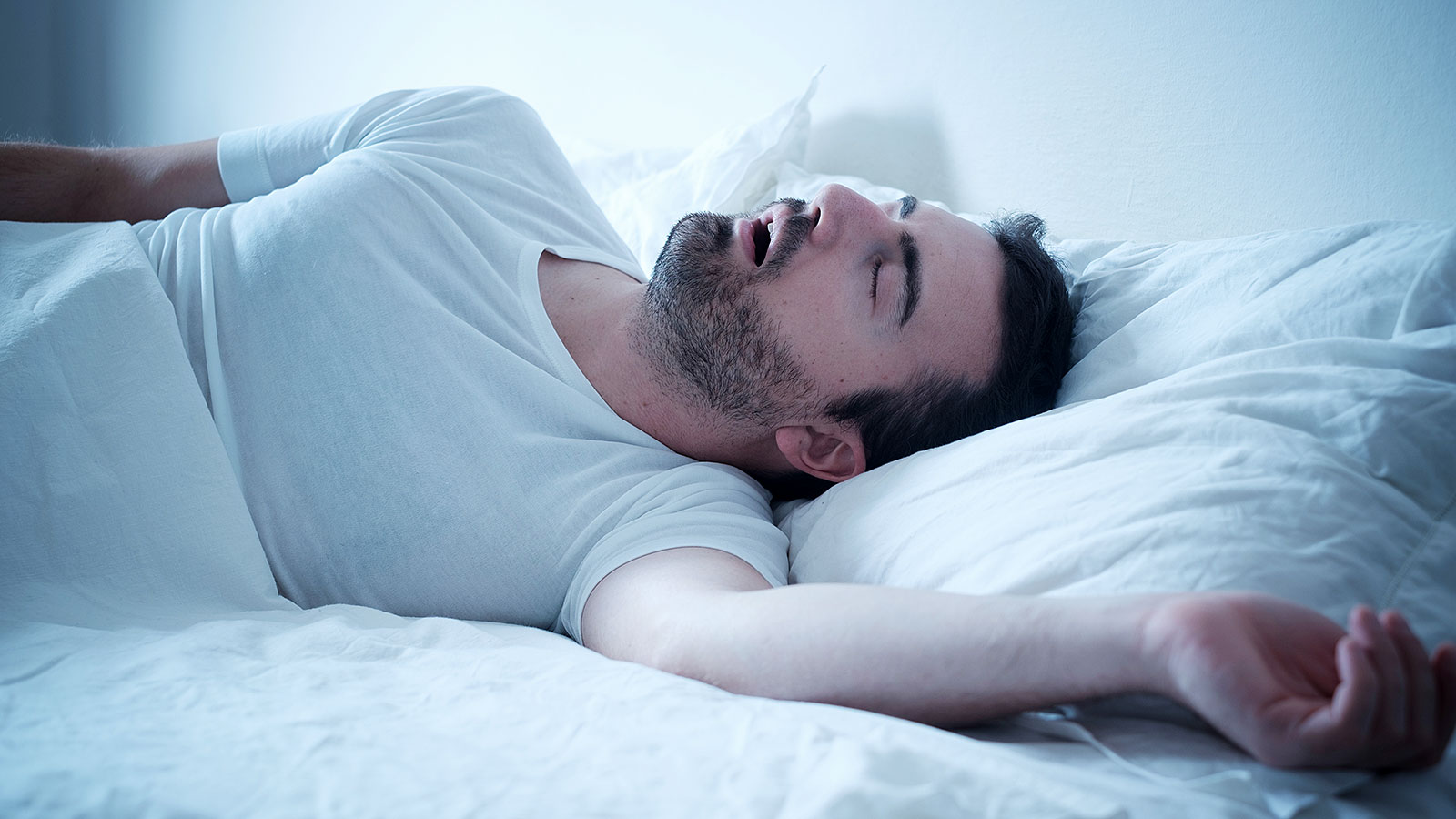 Data finds that getting 7 hours of sleep or less can be linked to these nutrition problems