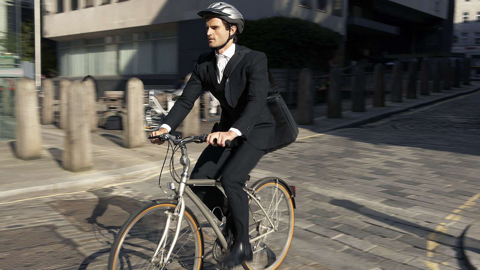 Here's how to start biking to work every day