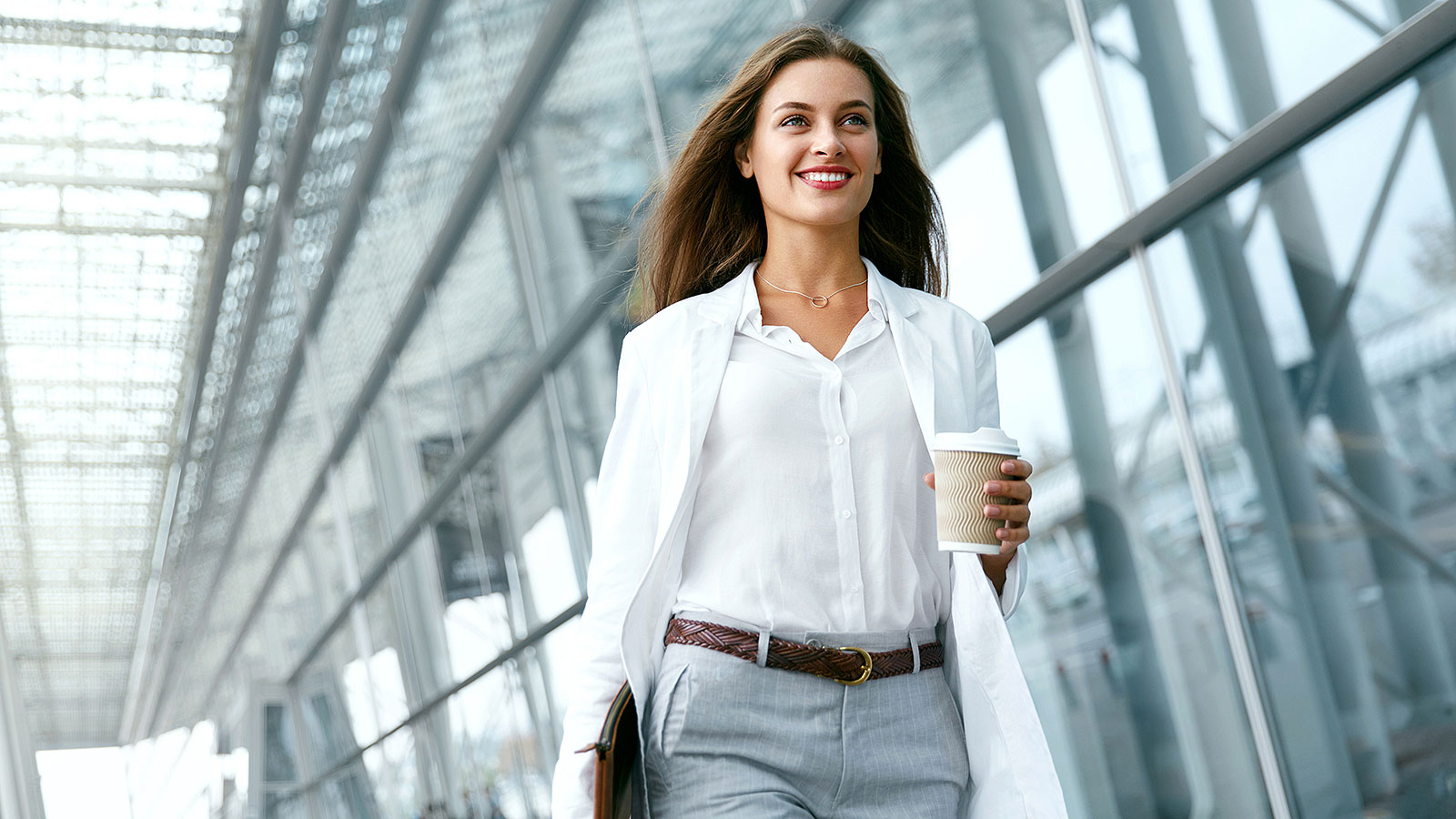How women who dress business casual are perceived in the office
