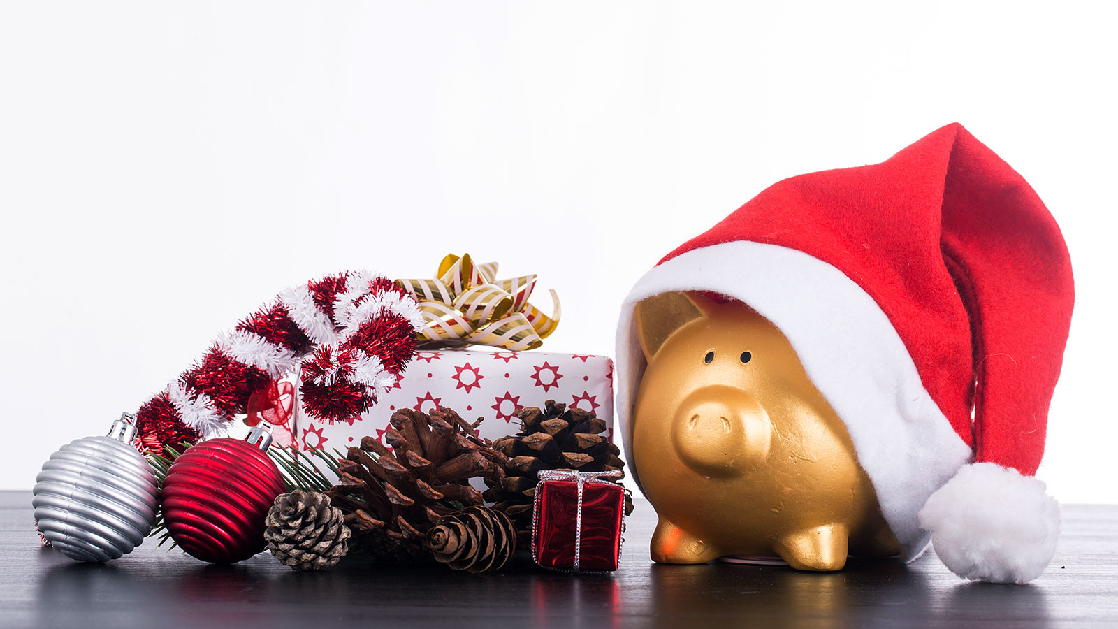 How to stay focused on your financial needs this holiday season