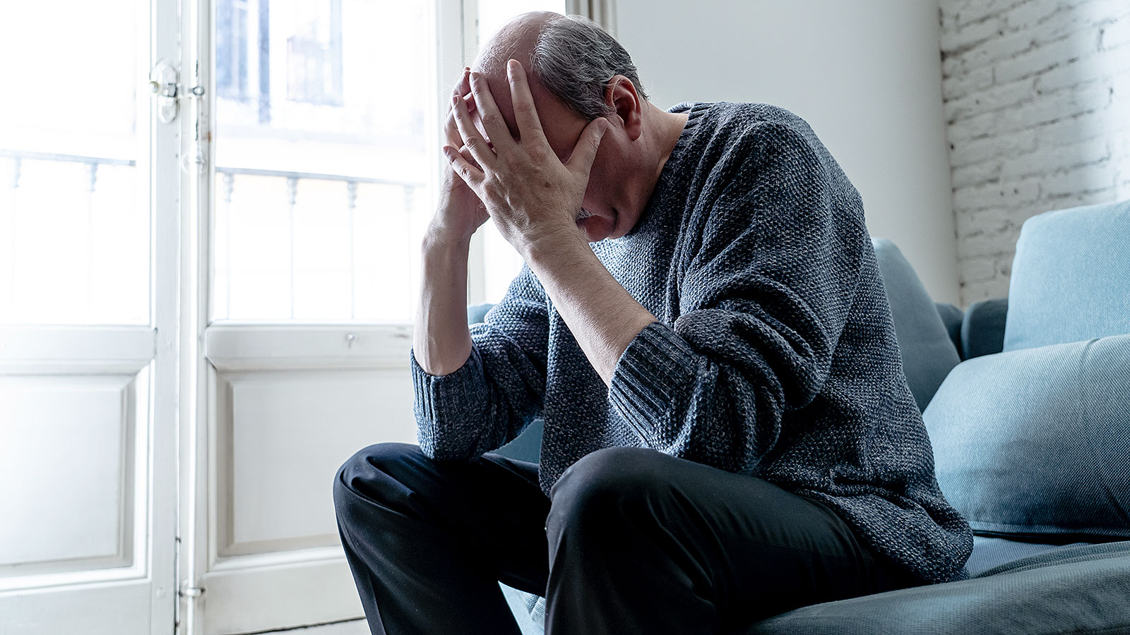 There are more and more cases of suicide in older generations