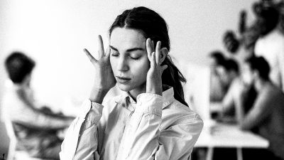 3 ways to stop panicking when you have a high-stress boss