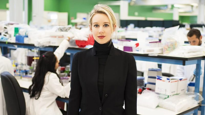 How Elizabeth Holmes used psychopathic body language on employees and investors