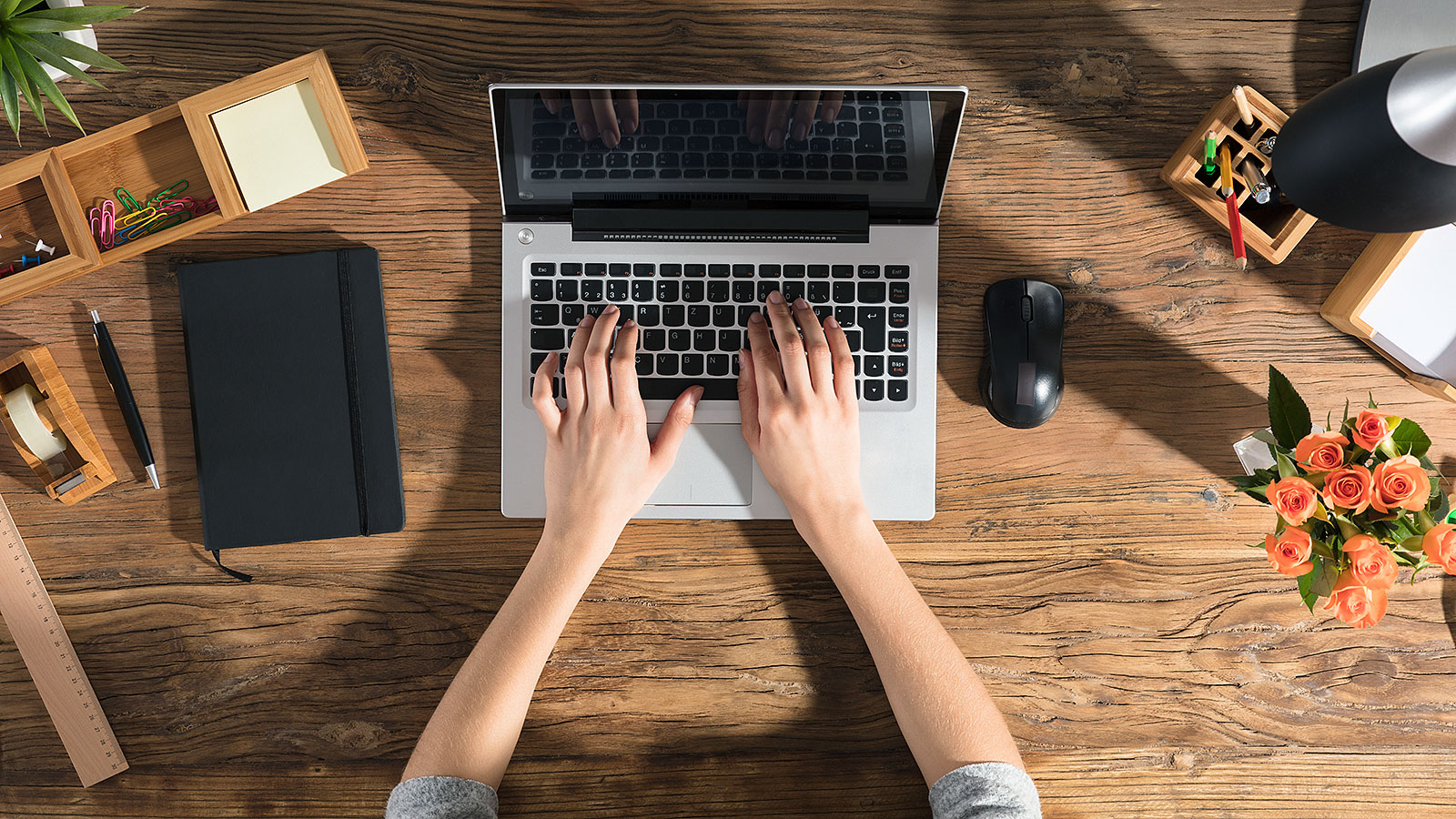 This etiquette expert says you must always do these 3 things when writing an email