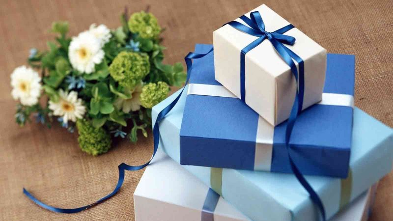 Ultimate Guide To Workplace Gift Gifting