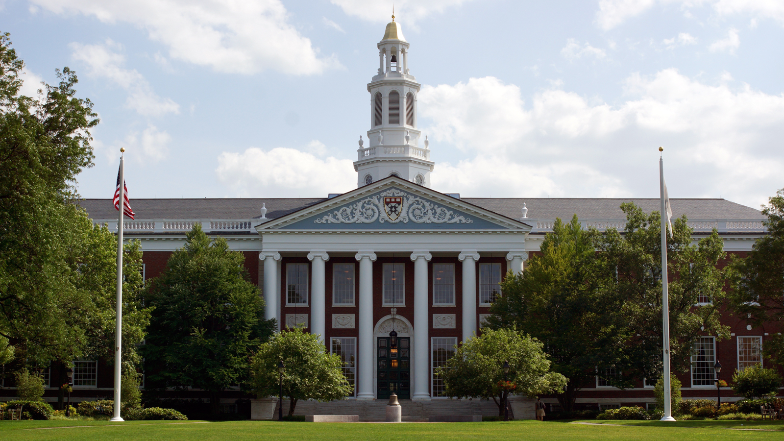 These are the 5 business schools that will get you the highest salary