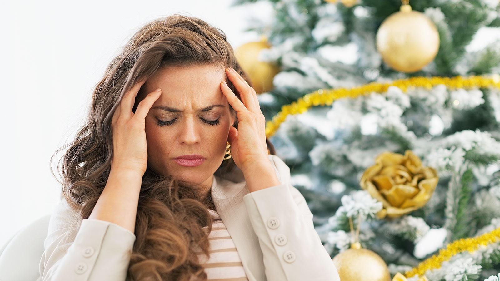 This is what happens to your brain with holiday stress, according to a neuroscientist