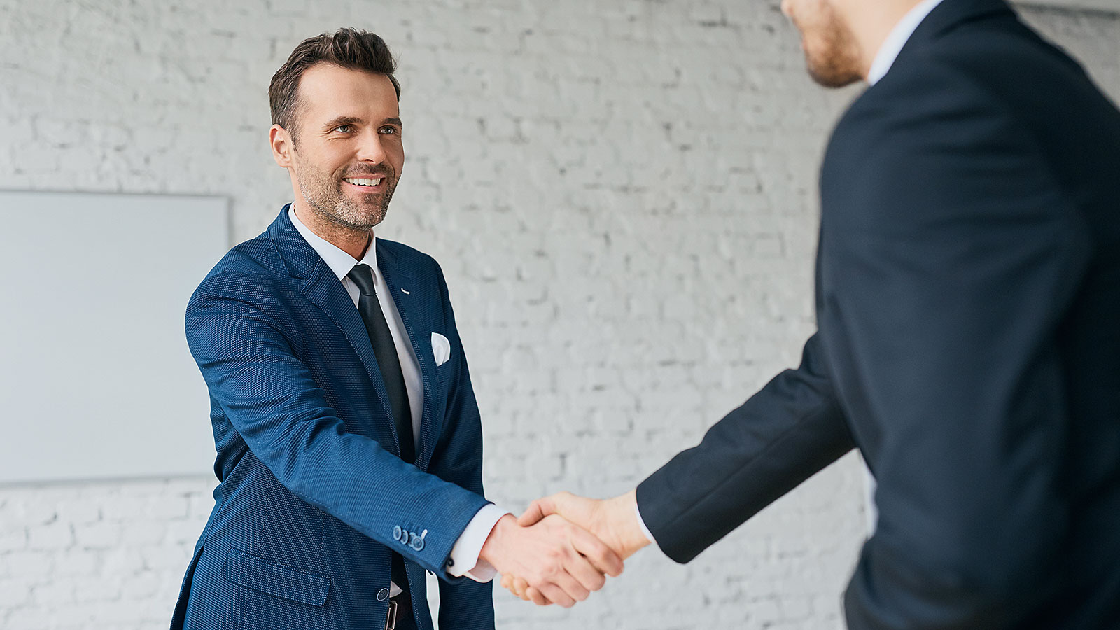 Interviewers admit to hiring by outfits over references, and other horrific stats