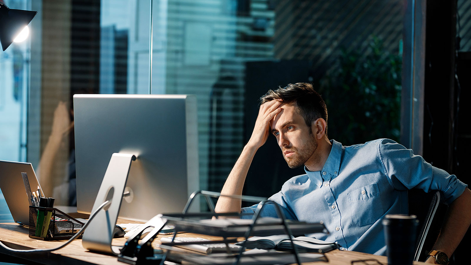 3 signs your procrastination has gotten out of hand (and how to fix it)