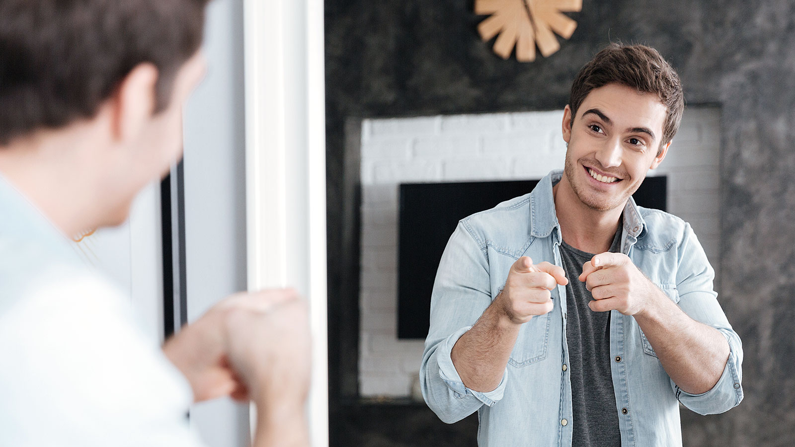 You should refer to yourself in the third person a whole lot more, according to this study