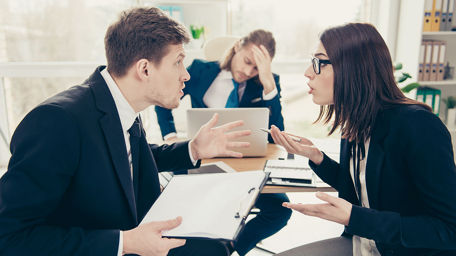 How to solve conflict productively at work