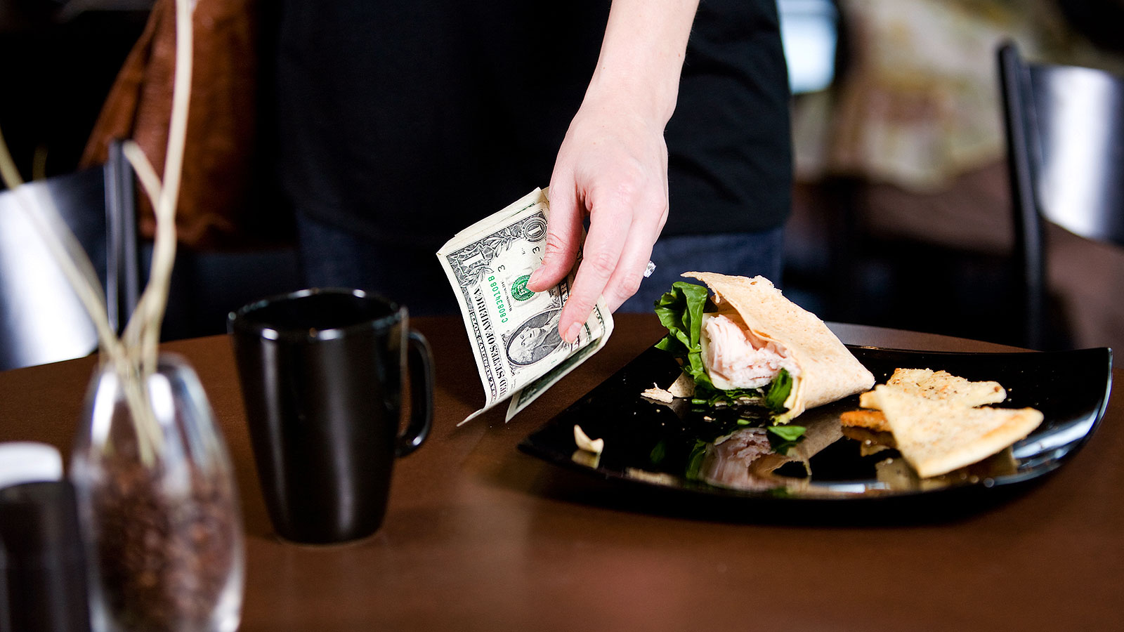 This survey reveals the truth about how Millennials tip
