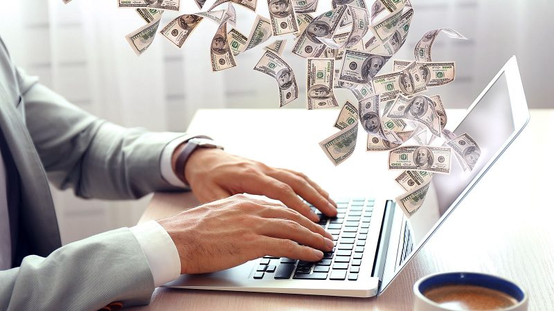 76 legit ways to make money on the side this year