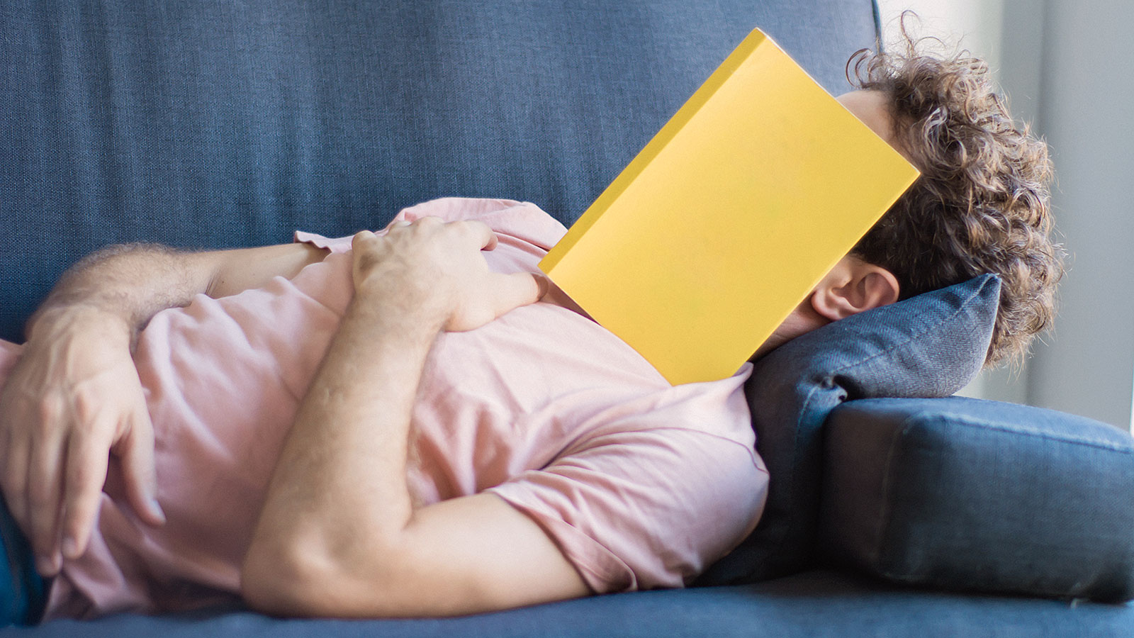 4 signs bad sleep is seriously impacting your career, according to Harvard