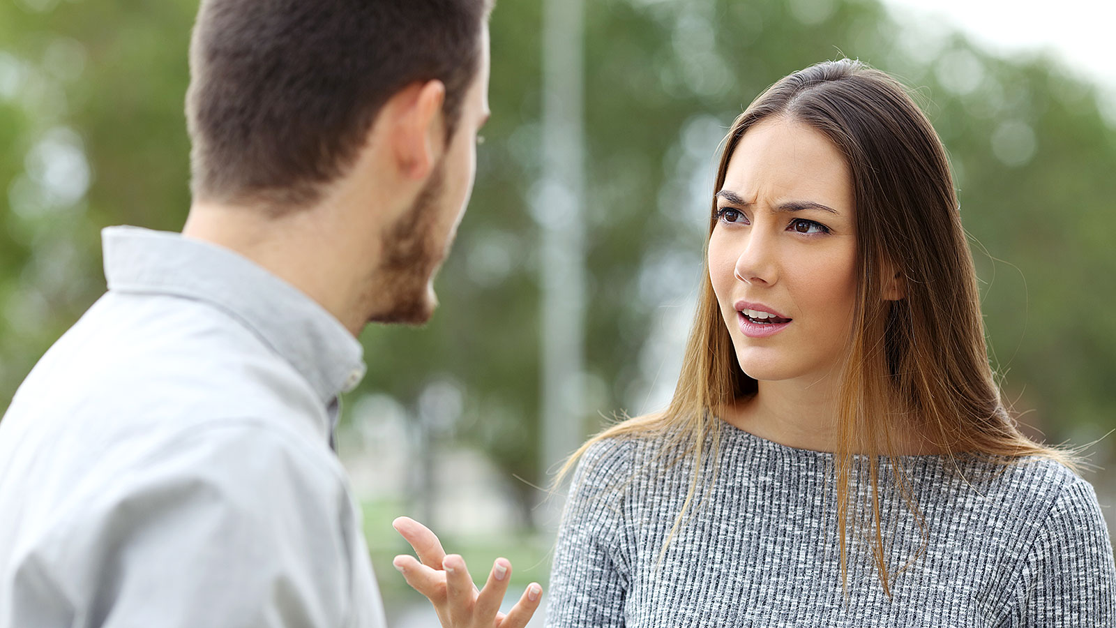 3 ways to be insufferable in conversation