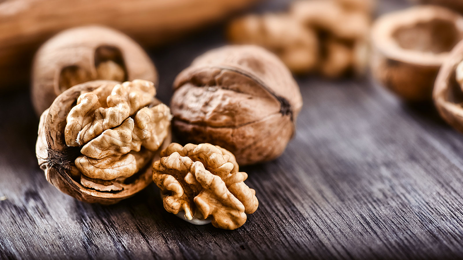 Eating walnuts has some major health benefits