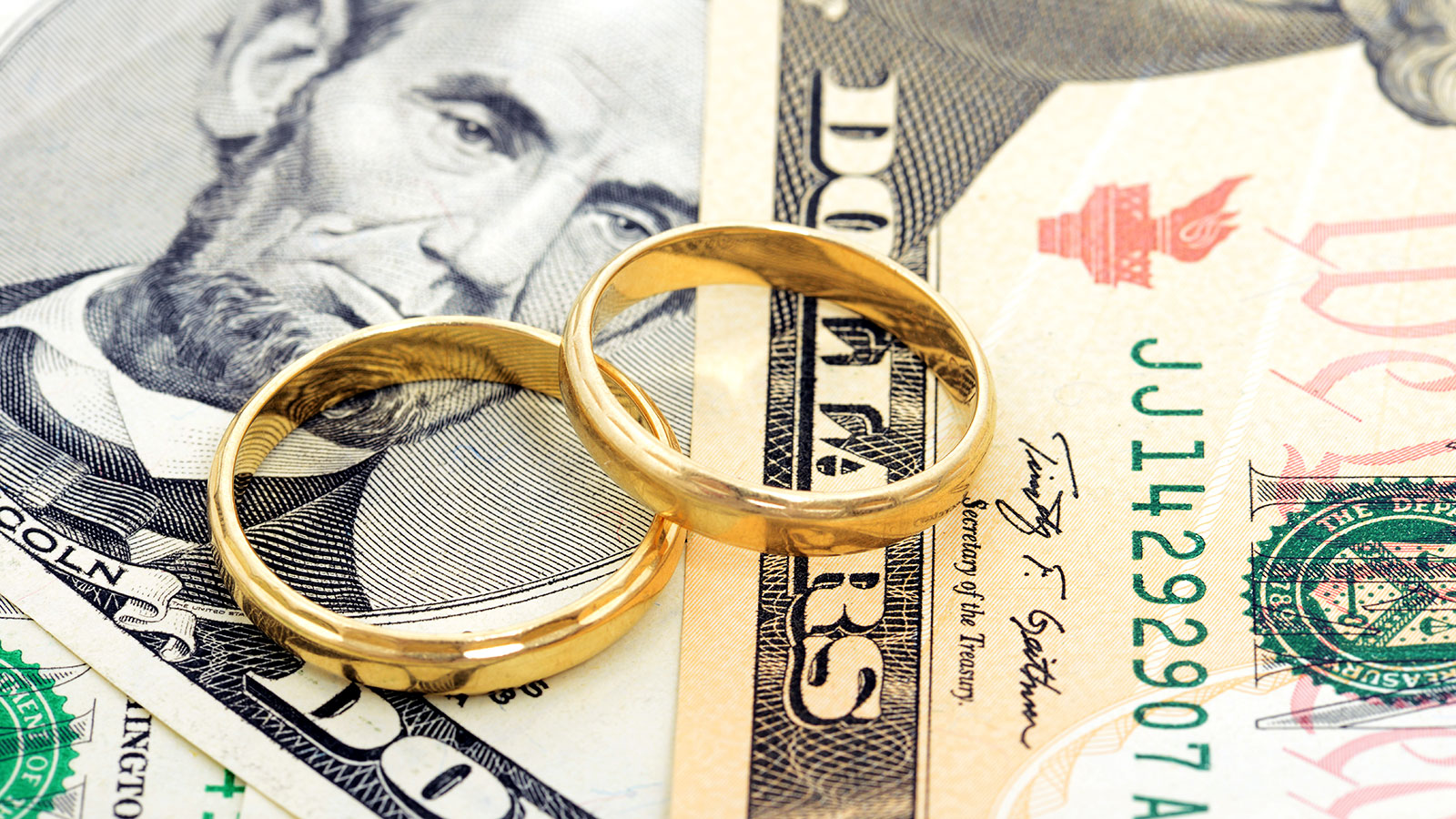 Survey says spending under $1,000 on your wedding may increase your chance of divorce