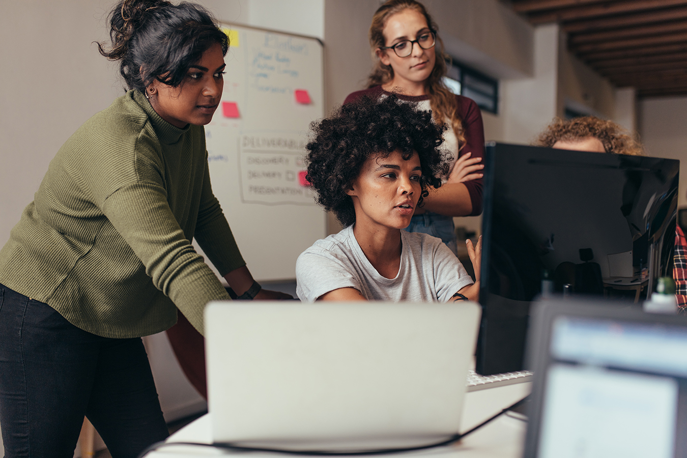 21 career resources you need to bookmark if you're a woman in tech in 2021