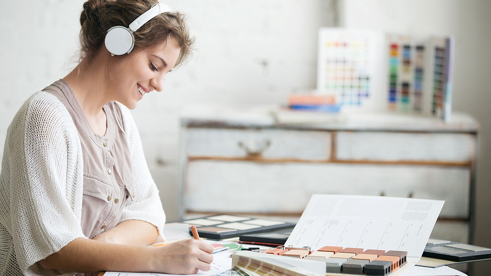5 types of music that will increase your productivity, according to science